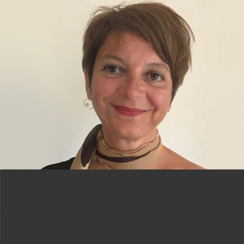 Dr Kirstin Lewis