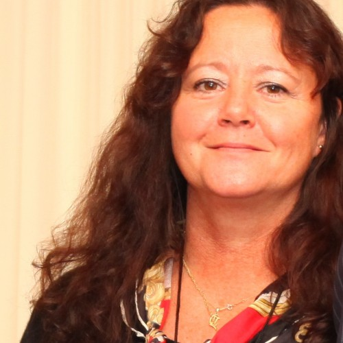 Dr Hellen Ward
